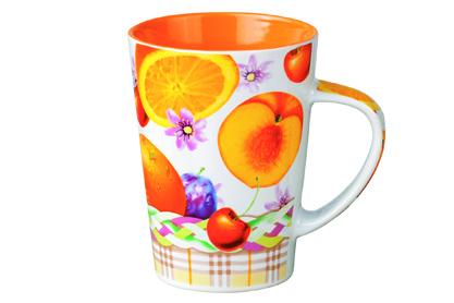 Кружка Shenzhen Xin Tianli Фрукты, цвет: белый, оранжевый, 365 мл115510Кружка Shenzhen Xin Tianli Фрукты выполнена из высококачественной керамики и декорирована яркими изображениями фруктов. Изделие из керамики экологически безопасно.Кружка станет замечательным сувениром к любому случаю.Диаметр кружки (по верхнему краю): 8 см.Высота стенок: 11,5 см.Объем: 365 мл.