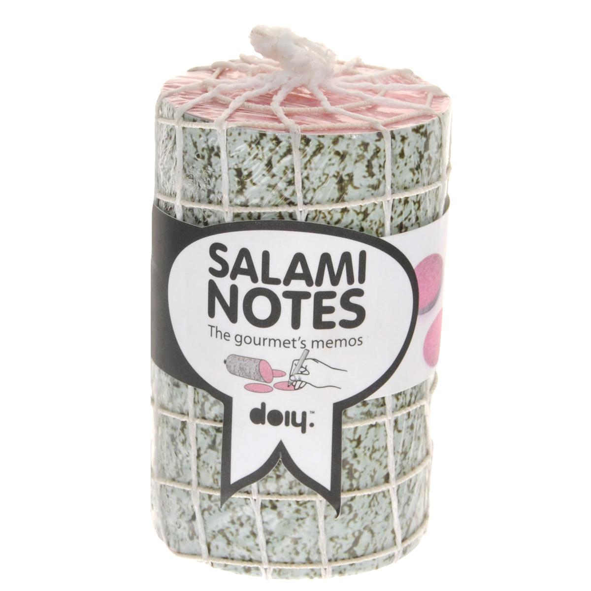 Блок для записей Doiy Salami, диаметр 6 смDOSNBASБлок для записей Doiy Salami отлично подойдет для важных записей и пометок. Блок, выполненный в виде аппетитной колбаски, включает в себя 1000 листов из высококачественной бумаги. Записки, сделанные на такихлистках, никогда не останутся незамеченными, а важные дела не будут забыты.Блок для записей станет не только практичным офисным или домашним инструментом, но и украсит ваш рабочий стол и обязательноподнимет настроение!