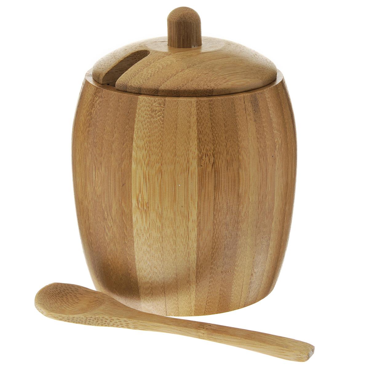 Солонка Green Way с ложкойNL118938Солонка Green Way, изготовленная из дерева, это красочное украшение кухни и отличный подарок хозяйке. Солонка выполнена в форме бочонка с крышкой. Изделие также оснащено удобной ложкой. Функциональная и вместительная, такая солонка станет незаменимым аксессуаром на любой кухне. Нельзя мыть в посудомоечной машине. Диаметр солонки: 7,5 см.Высота солонки (без учета крышки): 10 см.Длина ложки: 13 см.