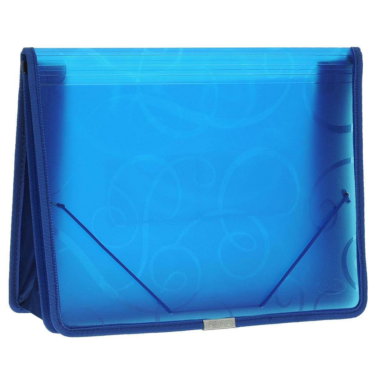 Папка-конверт на резинке Centrum, цвет: синий. Формат А4. 80802AG4_12315Папка-конверт на резинке Centrum - это удобный и функциональный офисный инструмент, предназначенный для хранения итранспортировки рабочих бумаг и документов формата А4.Папка с двойной угловой фиксацией резиновой лентой изготовлена из износостойкого полупрозрачного полипропилена. Внутри папка имеет одно объемное отделение повышенной вместимости и 2 прозрачных открытых кармашка. Грани папки отделаны полиэстером, что обеспечивает дополнительную прочность и опрятный вид папки. Клапан украшен декоративным металлическим элементом. Папка оформлена тиснением в виде абстрактного орнамента.Папка - это незаменимый атрибут для студента, школьника, офисного работника. Такая папка надежно сохранит ваши документы исбережет их от повреждений, пыли и влаги.