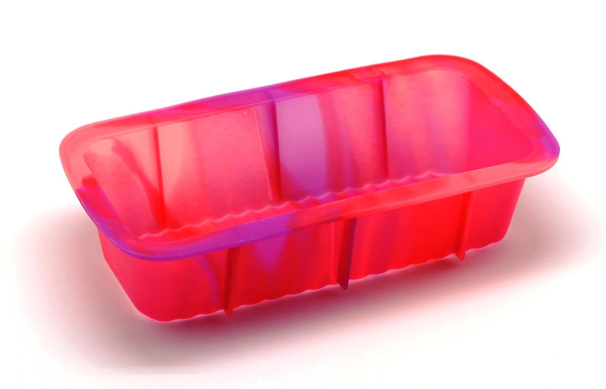 Форма для выпечки Каравай, цвет: розовый54 009312Силиконовая форма для выпечки имеет много преимуществ по сравнению с традиционной металлической и алюминиевой посудой. Она идеально подходит для использования в микроволновых, газовых и электрических печах при температурах до +230°С. Благодаря гибкости и антипригарным свойствам изделия, ваша выпечка никогда не потеряет свой внешний вид. Форма займет на вашей кухне минимум места, ее можно свернуть и убрать в шкаф, а при очередном использовании она примет первоначальный вид. Силикон не вступает ни в какое химическое воздействие с окружающими материалами. Следовательно, ваша пища никогда не будет содержать посторонних примесей и неприятных запахов.