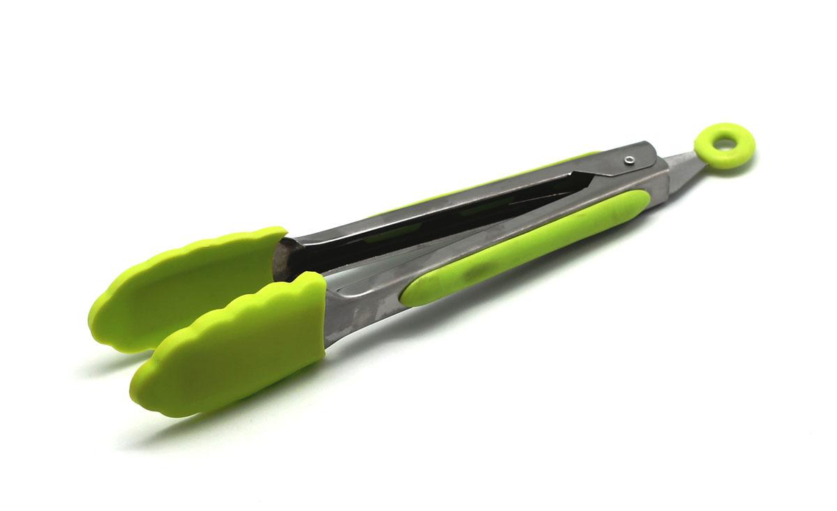 Щипцы кухонные Atlantis, цвет: зеленый, длина 21 см40951Кухонные щипцы Atlantis идеально подойдут для того, чтобы аккуратно разложить порции приготовленной пищи по тарелкам. Щипцы изготовлены из высококачественной стали и силикона. Эргономичные ручки щипцов выполнены в виде ложек, что позволит легко захватывать пищу.Такие щипцы станут незаменимым аксессуаром на вашей кухне.Можно мыть в посудомоечной машине.Длина щипцов: 21 см.