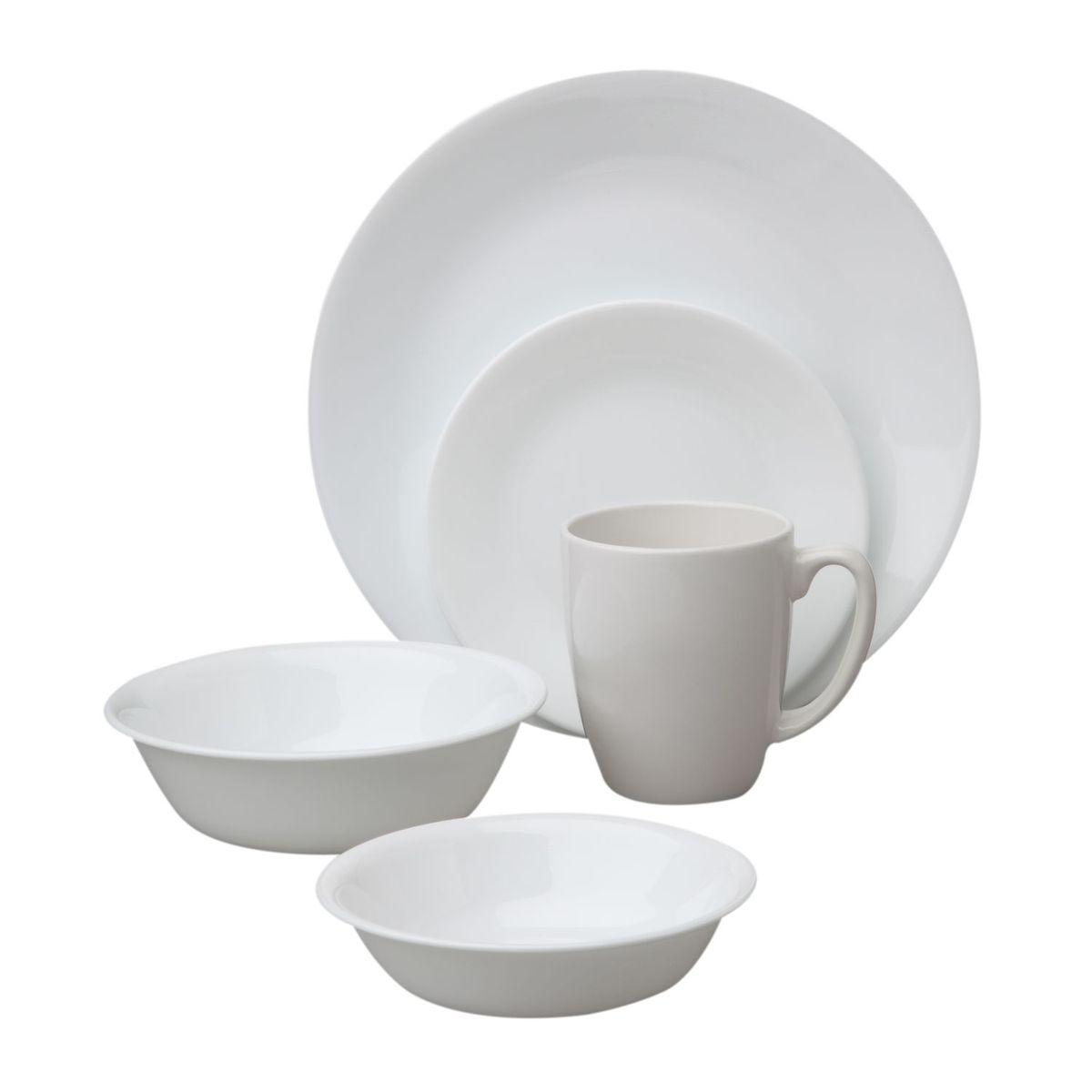 Набор посуды Winter Frost White 30пр, цвет: белый10040Преимуществами посуды Corelle являются долговечность, красота и безопасность в использовании. Вся посуда Corelle изготавливается из высококачественного ударопрочного трехслойного стекла Vitrelle и украшена деколями американских и европейских дизайнеров. Рисунки не стираются и не царапаются, не теряют свою яркость на протяжении многих лет. Посуда Corelle не впитывает запахов и очень долгое время выглядит как новая. Уникальная эмаль, используемая во время декорирования, фактически становится единым целым с поверхностью стекла, что гарантирует долгое сохранение нанесенного рисунка. Еще одним из главных преимуществ посуды Corelle является ее безопасность. В производстве используются только безопасные для пищи пигменты эмали, при производстве посуды не применяется вредный для здоровья человека меламин. Изделия из материала Vitrelle: Прочные и легкие; Выдерживают температуру до 180С; Могут использоваться в посудомоечной машине и микроволновой печи; Штабелируемые; Устойчивы к царапинам; Ударопрочные; Не содержит меламин.6 обеденных тарелок 26 см; 6 десертных тарелок 17 см; 6 суповых тарелок 440 мл; 6 суповых тарелок 530 мл; 6 фарфоровых кружек 313 мл