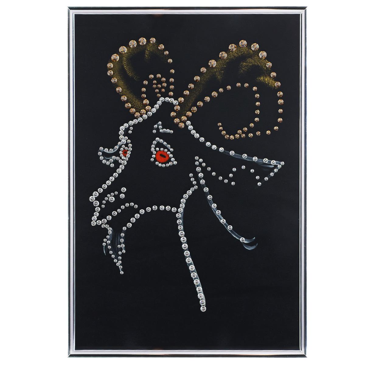 Картина с кристаллами Swarovski Подарок года, 20 х 30 смM6 (200х120)Изящная картина в металлической раме, инкрустирована кристаллами Swarovski, которые отличаются четкой и ровной огранкой, ярким блеском и чистотой цвета. Красочное изображение козла, расположенное под стеклом, прекрасно дополняет блеск кристаллов. С обратной стороны имеется металлическая петелька для размещения картины на стене. Картина с кристаллами Swarovski Подарок года элегантно украсит интерьер дома или офиса, а также станет прекрасным подарком, который обязательно понравится получателю. Блеск кристаллов в интерьере, что может быть сказочнее и удивительнее. Картина упакована в подарочную картонную коробку синего цвета и комплектуется сертификатом соответствия Swarovski. Количество кристаллов: 300 шт. Размер картины: 20 см х 30 см.
