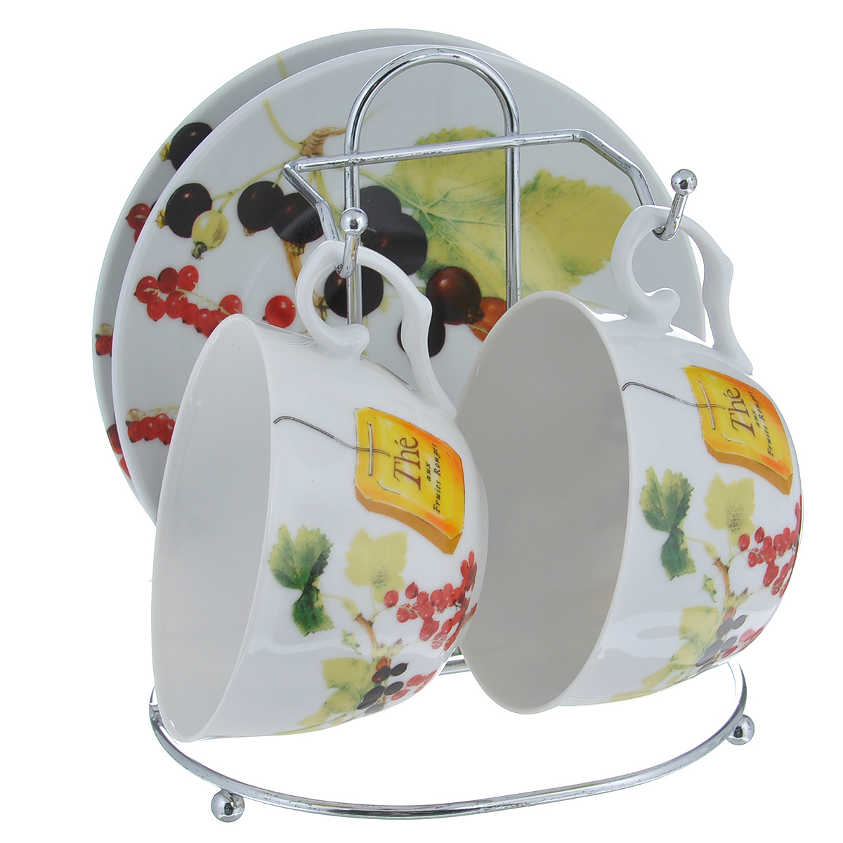 Набор чайный Larange Смородина, 5 предметов115510Чайный набор Смородина состоит из двух чашек и двух блюдец. Предметы набора изготовлены из высококачественного фарфора и оформлены изображением ягод красной и черной смородины. Чашки и блюдца располагаются на удобной металлической подставке. Элегантный дизайн чайного набора придется по вкусу и ценителям классики, и тем, кто предпочитает утонченность и изысканность. Он настроит на позитивный лад и подарит хорошее настроение с самого утра.Не использовать в микроволновой печи. Не применять абразивные чистящие вещества. Объем чашки: 250 мл.Диаметр чашки по верхнему краю: 9,5 см.Высота чашки: 6 см.Диаметр блюдца: 14,5 см.Размер подставки: 14 см х 12 см х 16 см.