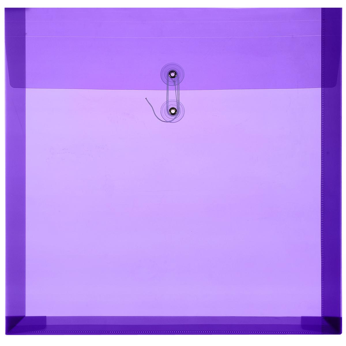 Папка для скрапбумаги Craft Premier, цвет: фиолетовый, 32 х 32 смRSP-202SПапка для скрапбумаги Craft Premier изготовлена из ПВХ без содержания кислот. Папка имеет удобный формат для хранения листовой бумаги для скрапбукинга, готовых работ, декоративных элементов. Вмещает 50 - 60 листов бумаги, в зависимости от ее плотности. Для стопки бумаги до 4 см. Размер папки: 32 см х 32 см.