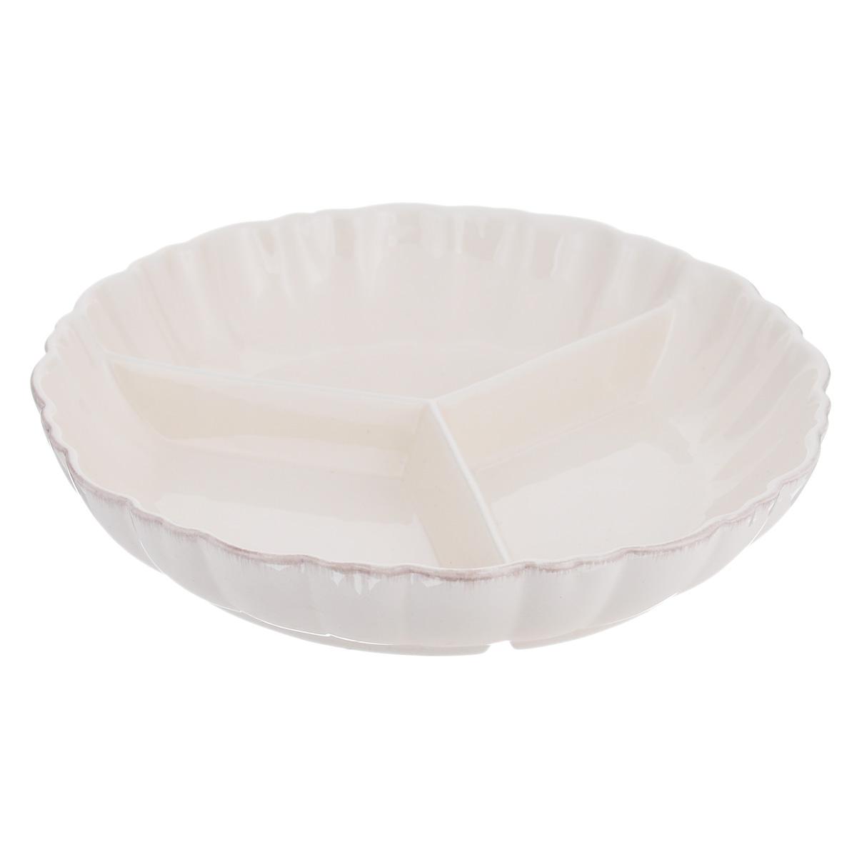 Менажница Lillo Ideal, цвет: молочный, 3 секции. 214948214948Изящная менажница Lillo Ideal, выполненная из керамики, состоит из трех секций. Изделие оснащено рельефными волнистыми стенками. Некоторые блюда можно подавать только в менажнице, чтобы не произошло смешение вкусовых оттенков гарниров. Также менажница может быть использована в качестве посуды для нескольких видов салатов или закусок. Менажница Lillo Ideal станет замечательной деталью сервировки и великолепным украшением праздничного стола.Можно использовать в посудомоечной машине и микроволновой печи. Диаметр менажницы: 23 см.Размер секции менажницы: 17 см х 11 см.Высота стенки менажницы: 4,5 см.