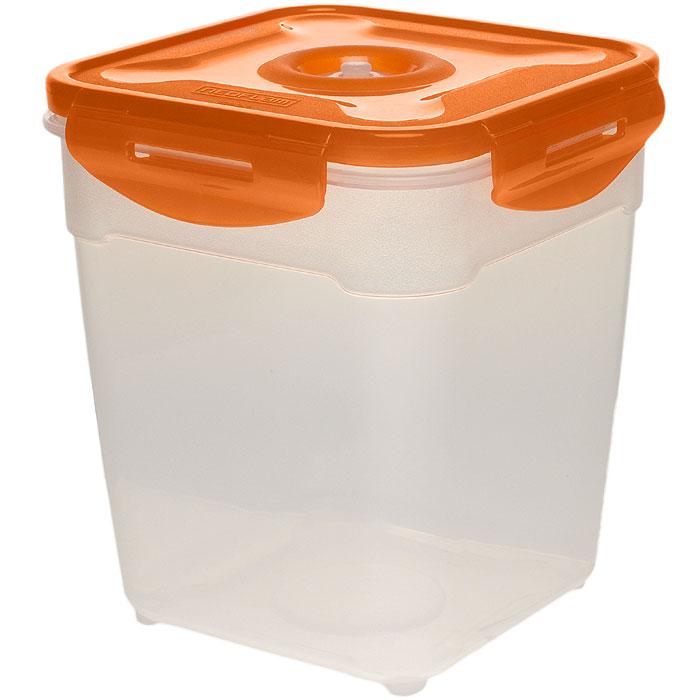 Контейнер вакуумный для пищевых продуктов Atlantis, цвет: оранжевый, 2,5 лVT-1520(SR)Контейнер Atlantis квадратной формы предназначен для хранения пищевых продуктов. Контейнер изготовлен из пищевого пластика, в состав которого включена антибактериальная добавка Microban. Microban, встроенный в структуру пластика, препятствует размножению микроорганизмов, уничтожает до 99,6% бактерий, находящихся на поверхности изделия.Сила межмолекулярных связей внутри полимера удерживает антисептик на поверхности и он не распространяется в сохраняемый продукт.Добавка Microban не изменяет вкусовых свойств хранимых в контейнере продуктов, препятствует размножению болезнетворных бактерий, сохраняет антибактериальные свойства в течение всего срока использования контейнера.Продукты сохраняются свежими дольше, чем в обычных контейнерах.Позволяет предотвратить загрязнение и неприятный запах, вызываемый бактериями, грибком и плесенью. Контейнер оснащен крышкой, которая благодаря четырем крепежным элементам - защелкам плотно прилегает к емкости.Продукты в вакуумном контейнере можно ставить в морозилку или разогреватьв микроволновой печи, не снимая при этом крышку контейнера.Состояние вакуума достигается в контейнере с помощью вакуумного насоса.Контейнер универсален, вы сможете хранить, замораживать, разогревать самыеразнообразные продукты. Материал: пластик.Объем контейнера: 2,5 л.Размер контейнера (с крышкой): 16 см х 16 см х 18 см.