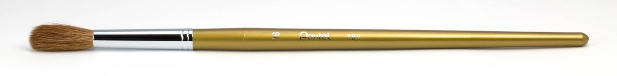 Кисть для рисования Pentel, пони, круглая, размер 16C13S041944Кисть для рисования Pentel изготовлена из волоса пони. В отличие от обычных лошадей, волос пони отличается мягкостью, гладкостью, шелковистостью. Волос пони толще волоса белки, поэтому кисти из пони более плотные. Основное применение: акварель, гуашь, клей и косметические средства.Длина кисти: 28 см.Материал: мех пони, пластик, металл.Ширина щетины: 1,4 см.Длина щетины: 3 см.