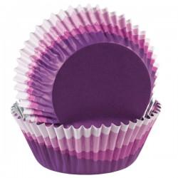 Набор бумажных форм для кексов Wilton Фиолетовый перелив, диаметр 5 см, 36 шт94672Набор Wilton Фиолетовый перелив состоит из 36 бумажных форм для кексов. Они предназначены для выпечки и упаковки кондитерских изделий, также могут использоваться для сервировки орешков, конфет и др. Формы не требуют предварительной смазки маслом или жиром. Для одноразового применения. Гофрированные бумажные формы идеальны для выпечки кексов, булочек и пирожных. Высота стенки: 3 см. Комплектация: 36 шт.