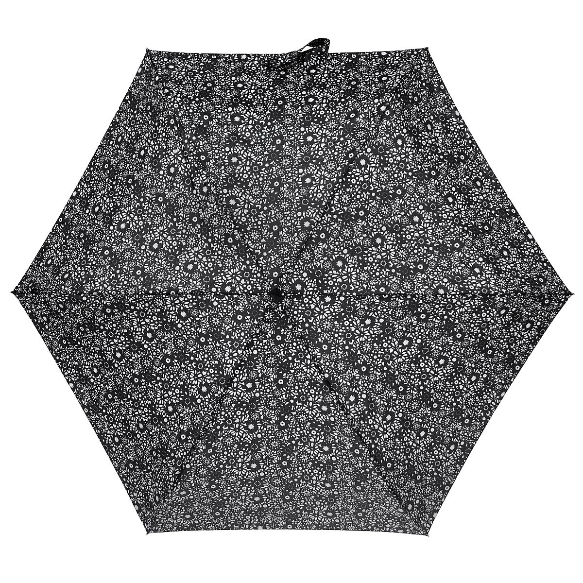"""Зонт женский Fulton Chantilly Lace, механический, 5 сложений, цвет: черный, белый. L501REM12-CAM-GREENBLACKСтильный зонт Fulton Chantilly Lace, защитит от непогоды, а его сверхкомпактный размер позволит вам всегда носить его с собой. """"Ветростойкий"""" плоский алюминиевый каркас в 5 сложений состоит из шести спиц с элементами из фибергласса, зонт оснащен удобной рукояткой из пластика, обтянутого искусственной кожей.Купол зонта выполнен из прочного полиэстера и оформлен принтом. На рукоятке для удобства есть небольшой шнурок, позволяющий надеть зонт на руку тогда, когда это будет необходимо.К зонту прилагается чехол. Зонт механического сложения: купол открывается и закрывается вручную, стержень также складывается вручную до характерного щелчка.Характеристики: Материал: алюминий, фибергласс, пластик, полиэстер.Длина зонта в сложенном виде: 15 см.Длина ручки (стержня) в раскрытом виде:50 см."""