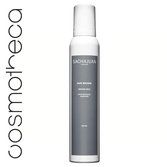 Sachajuan Мусс для укладки волос средней фиксации 200 млMP59.4DМусс для волос SACHAJUAN - абсолютно универсальное средство для любого стайлинга. Он отлично придает волосам объем, упругость и блеск. Идеально подходит для тонких и непослушных волос благодаря новой формуле SACHAJUAN Professional Haircare (в отличие от других продуктов), не перегружая, не склеивая волосы и придавая им сияние.