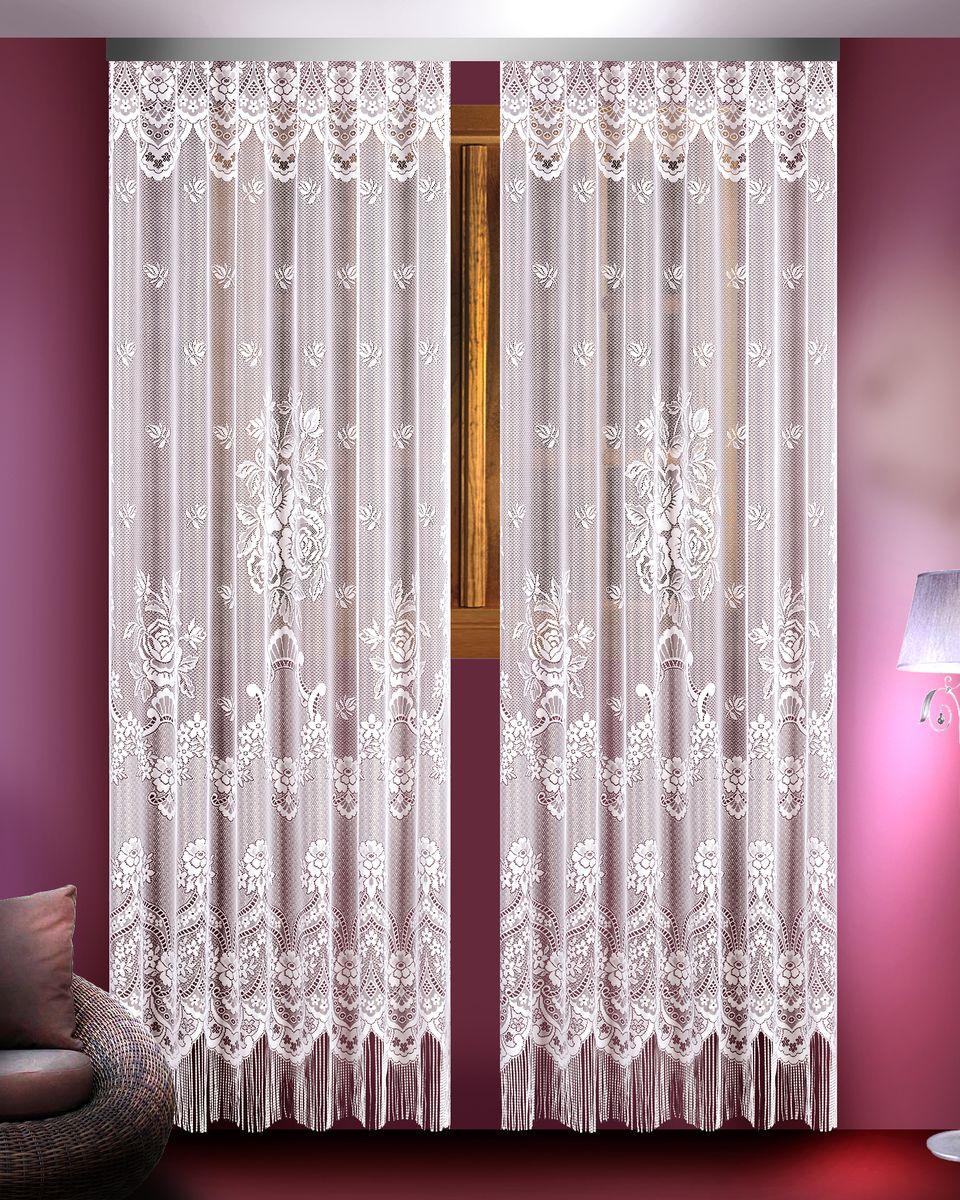 Гардина Zlata Korunka, цвет: белый, высота 250 см, 2 шт. 88826SVC-300Гардины Zlata Korunka великолепно украсят любое окно в гостиной, спальне или на кухне. В комплекте 2 гардины, выполненные из полиэстера и украшенные красивым цветочным узором. Нижняя часть изделий оформлена бахромой, что придает гардинам особый стиль и шарм. Тонкое плетение, нежная цветовая гамма и роскошное исполнение - все это делает гардины Zlata Korunka замечательным дополнением интерьера комнаты в классическом стиле. В комплект входит: Гардина - 2 шт. Размер (ШхВ): 165 см х 250 см.