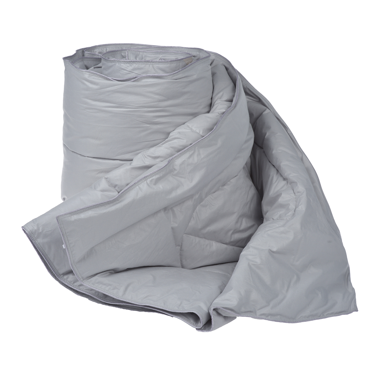 Одеяло Dargez Богемия, наполнитель: пух категории Экстра, цвет: серый, 140 х 205 смМБПЭ-18-1,5Одеяло Dargez Богемия подарит комфорт и уют во время сна. Чехол одеяла выполнен из пуходержащего гладкокрашеного батиста с обработкой ионами серебра. Ткань с ионами серебра благотворно воздействует на кожу, оказывает расслабляющее действие для организма человека, имеет устойчивый антибактериальный эффект. Уникальная запатентованная стежка Bodyline® по форме повторяет тело человека, что помогает эффективно регулировать теплообмен различных частей организма и создать оптимальный микроклимат во время сна. Натуральное сырье, инновационные разработки и современные технологии - вот рецепт вашего крепкого сна. Изделия коллекции способны стать прекрасным подарком для людей, ценящих красоту и комфорт. Рекомендации по уходу: - Стирка при температуре не более 40°С. - Запрещается отбеливать, гладить, выжимать и сушить в стиральной машине. Материал чехла: батист пуходержащий (100% хлопок). Материал наполнителя: пух категории Экстра. Размер одеяла: 140 см х 205 см.