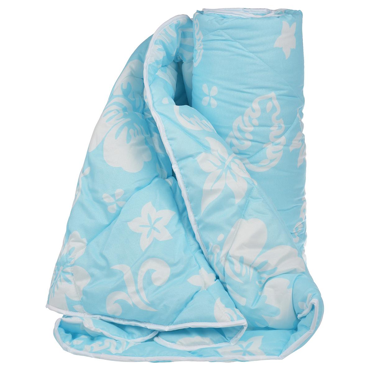 Одеяло Dargez Бомбей, наполнитель: бамбуковое волокно, цвет: голубой, белый, 140 х 205 смGC220/05Одеяло Dargez Бомбей подарит комфорт и уют во время сна. Чехол одеяла, выполненный из микрофибры, оформлен фигурной стежкой, которая надежно удерживает наполнитель внутри. Волокно на основе бамбука - инновационный наполнитель, обладающий за счет своей пористой структуры хорошей воздухонепроницаемостью и высокой гигроскопичностью, обеспечивает оптимальный уровень влажности во время сна и создает чувство прохлады в жаркие дни. Антибактериальный эффект наполнителя достигается за счет содержания в нем специального компонента, а также за счет поглощения влаги, что создает сухой микроклимат, препятствующий росту бактерий. Основные свойства волокна: - хорошая терморегуляция, - свободная циркуляция воздуха, - антибактериальные свойства, - повышенная гигроскопичность, - мягкость и легкость, - удобство в эксплуатации и легкость стирки. Рекомендации по уходу: - Стирка при температуре не более 40°С. - Запрещается отбеливать, гладить.- Можно выжимать и сушить в стиральной машине.