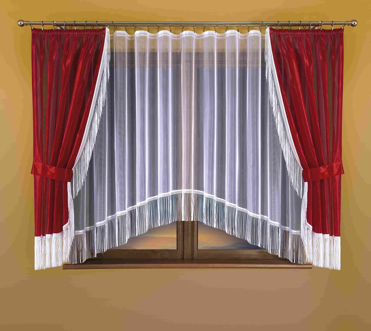 Комплект штор для кухни Wisan Hana, на ленте, цвет: белый, бордо, высота 170 смS03301004Комплект штор для кухни Wisan Hana, выполненный из полиэстера, великолепно украсит окно. В комплект входят 2 шторы, тюль и 2 подхвата. Бахрома придает комплекту особый стиль и шарм. Тонкое плетение, нежная цветовая гамма и роскошное исполнение - все это делает шторы Wisan Hana замечательным дополнением интерьера кухни. Шторы оснащены шторной лентой для красивой сборки, а также двумя подхватами. В комплект входит: Штора - 2 шт. Размер (ШхВ): 150 см х 170 см. Тюль - 1 шт. Размер (ШхВ): 300 см х 170 см. Подхват - 2 шт.