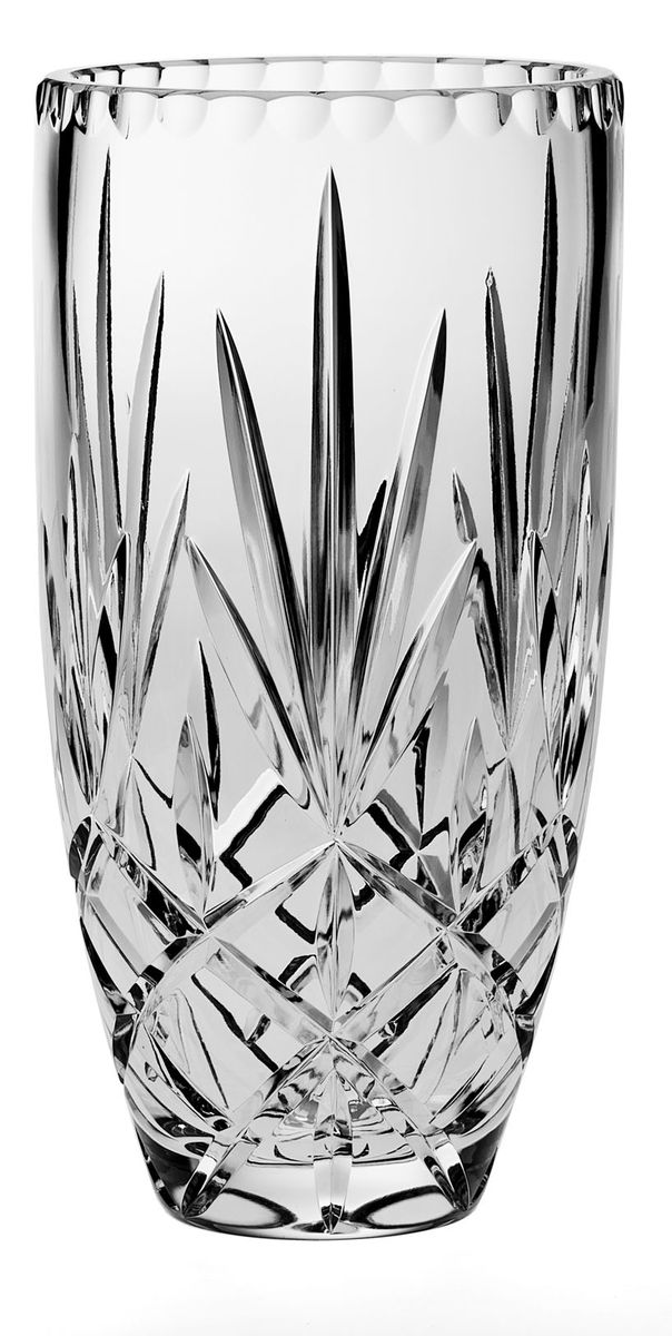 Ваза Crystal Bohemia, высота 25,5 см. 990/80815/0/03055/255-109FS-80264Ваза Crystal Bohemia выполнена из прочного высококачественного хрусталя и декорирована рельефом. Она излучает приятный блеск и издает мелодичный звон. Ваза сочетает в себе изысканный дизайн с максимальной функциональностью. Ваза не только украсит дом и подчеркнет ваш прекрасный вкус, но и станет отличным подарком.Высота: 25,5 см.Диаметр по верхнему краю: 12,5 см.Диаметр основания: 7 см.