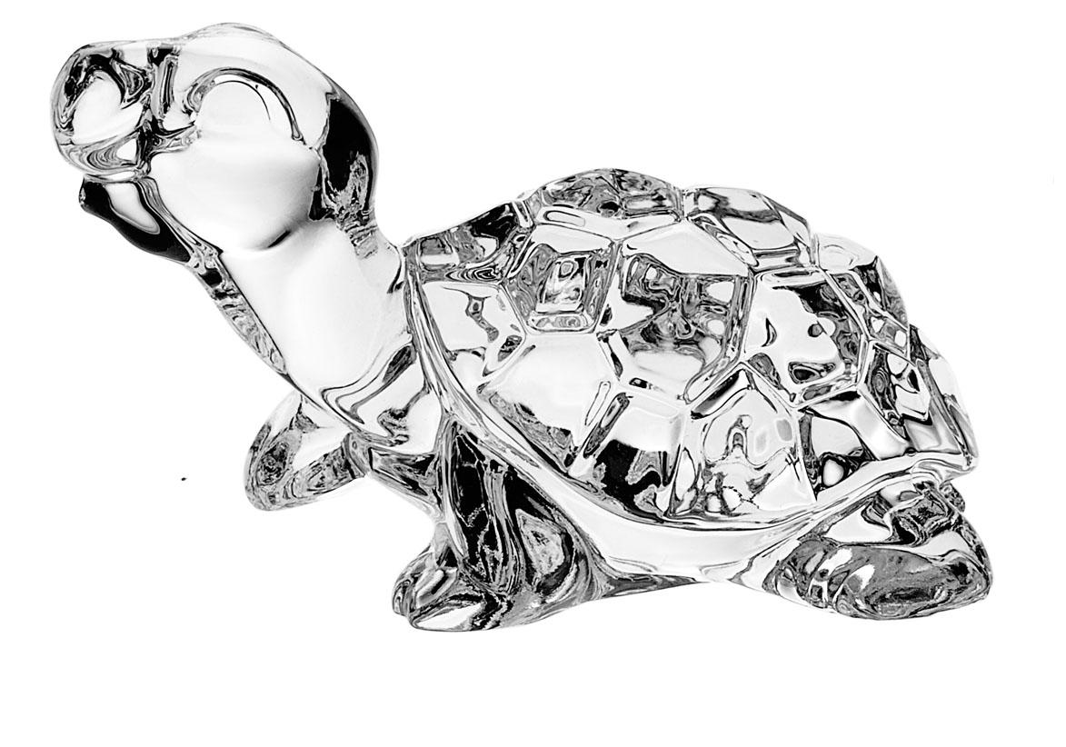 Фигурка декоративная Crystal Bohemia Черепаха, высота 6 см432000Фигурка Crystal Bohemia Черепаха изготовлена из высококачественного хрусталя. Фигурка выполнена в виде черепахи и сочетает в себе изысканный дизайн и лаконичность. Она прекрасно подойдет для декора интерьера дома или офиса и станет достойным дополнением к вашей коллекции. Вы можете поставить фигурку в любом месте, где она будет удачно смотреться и радовать глаз. Кроме того - это отличный вариант подарка для ваших близких и друзей. Высота: 6 см.