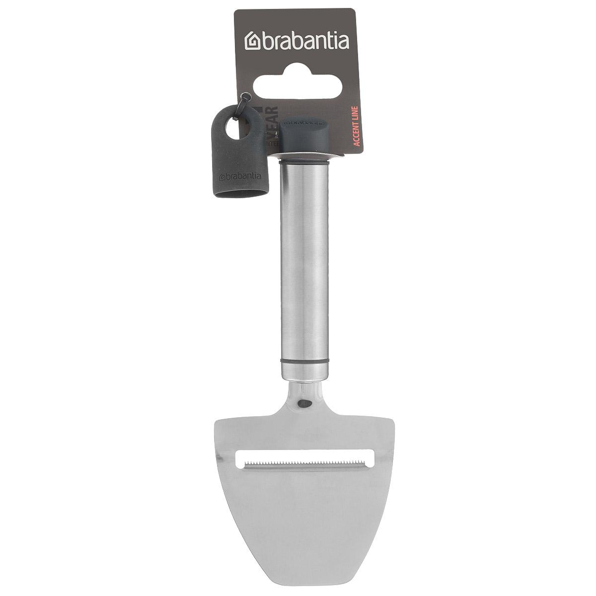 Нож для сыра Brabantia Accent, длина 19 см463129Нож для сыра Brabantia Accent, выполненный из высококачественной нержавеющей стали, - идеальный инструмент для легкого и быстрого нарезания всех видов сыров. Благодаря лезвию с микро-зубчиками нож удобен в использовании и подходит для нарезки мягких и твердых сортов сыра. Микро-зубчики создают рифленую поверхность сыра при нарезке. Сыр не прилипает к лезвию. Благодаря ультразвуковой полировке лезвие остается острым в течение длительного времени. В комплекте съемный силиконовый колпачок черного цвета для рукоятки. Используя съемные колпачки разных цветов (продаются отдельно), вы можете создавать свой оригинальный стиль. Можно мыть в посудомоечной машине. Длина ножа: 19 см.