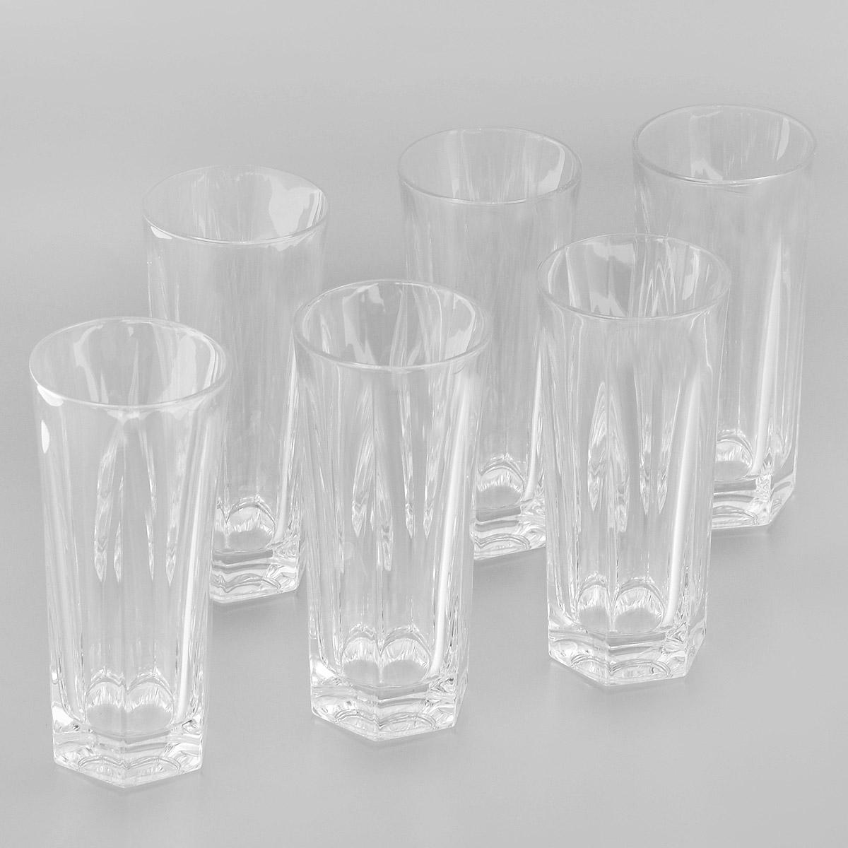 Набор стаканов для воды Crystal Bohemia, 350 мл, 6 штAC2-01Набор для воды Crystal Bohemia состоит из шести граненых стаканов. Изделия выполнены из прочного высококачественного хрусталя. Они излучают приятный блеск и издают мелодичный звон. Набор предназначен для подачи воды. Набор Crystal Bohemia прекрасно оформит интерьер кабинета или гостиной и станет отличным дополнением бара. Такой набор также станет хорошим подарком к любому случаю. Диаметр по верхнему краю: 7 см.Высота стакана: 15,5 см.Диаметр основания: 6 см.