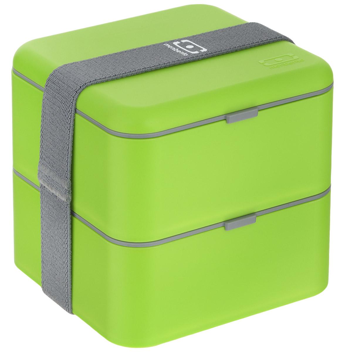 Ланчбокс Monbento Square, цвет: зеленый, 1,7 лVT-1520(SR)Ланчбокс Monbento Square изготовлен из высококачественного пищевого пластика. Предназначен для хранения и переноски пищевых продуктов в больших порциях: подходит для салатов, бутербродов и других блюд. Ланчбокс представляет собой два квадратных контейнера, в которых удобно хранить сразу несколько видов блюд. Контейнеры вакуумные, что позволяет продуктам дольше оставаться свежими и вкусными. Контейнеры скрепляются эластичной резинкой. Компактные размеры позволят уместить ланчбокс в любой сумке. Его удобно взять с собой на работу, отдых, в поездку. Теперь любимая домашняя еда всегда будет под рукой, а яркий дизайн поднимет настроение и подарит заряд позитива. Можно использовать в микроволновой печи и для хранения пищи в холодильнике, можно мыть в посудомоечной машине. Объем: 1,7 л. Общий размер ланчбокса: 14 см х 14 см х 14 см. Размер контейнера: 14 см х 14 см х 8 см.