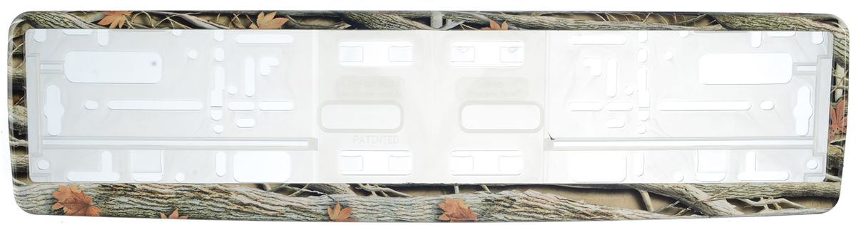 Рамка под номер ОсеньRC-100BWCРамка Осень не только закрепит регистрационный знак на вашем автомобиле, но и красиво его оформит. Основание рамки выполнено из полипропилена, материал лицевой панели - пластик.Она предназначена для крепления регистрационного знака российского и европейского образца, декорирована осенним рисунком. Устанавливается на все типы автомобилей. Крепления в комплект не входят.Стильный дизайн идеально впишется в экстерьер вашего автомобиля.Размер рамки: 53,5 см х 13,5 см. Размер регистрационного знака: 52,5 см х 11,5 см.