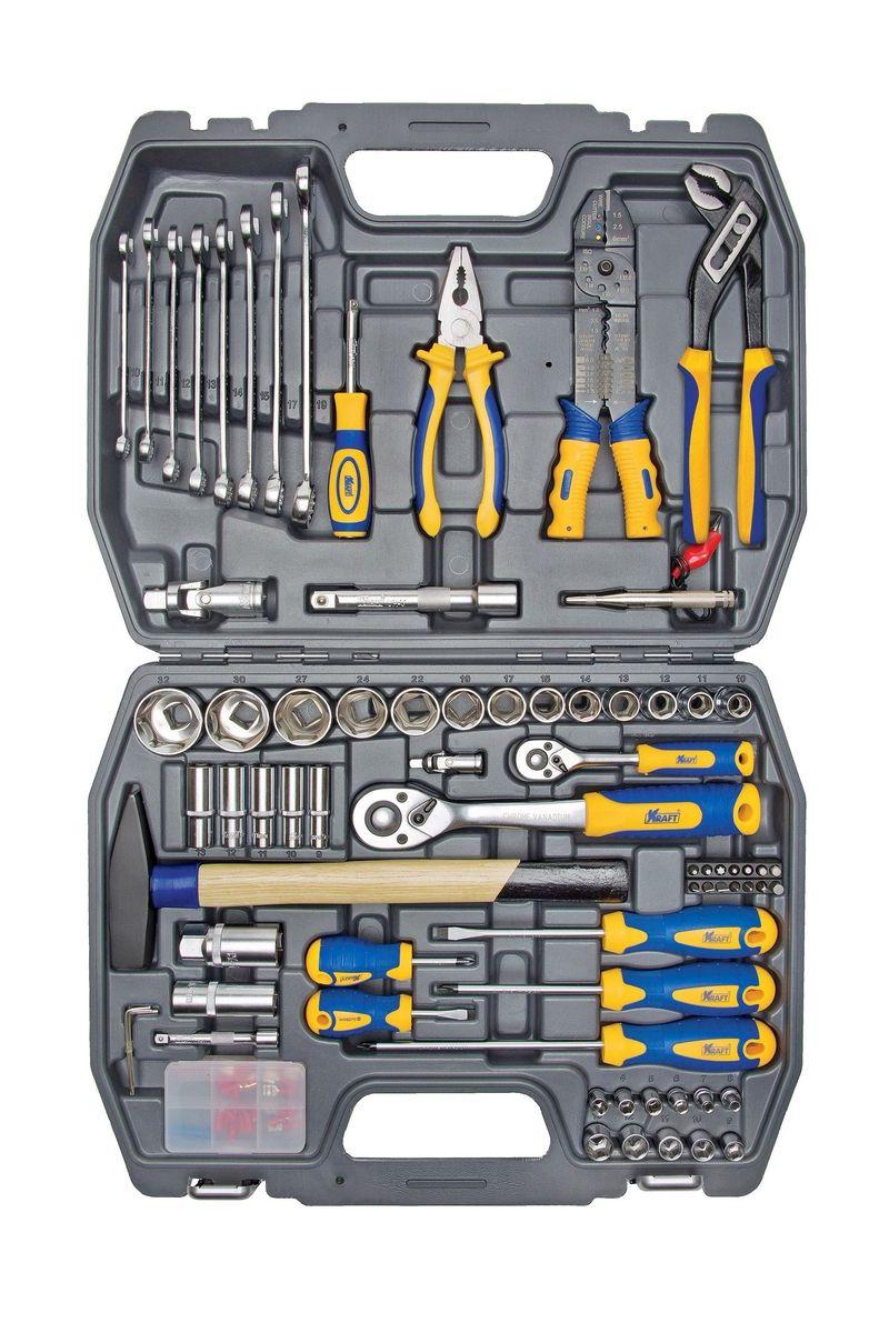 Набор инструментов Kraft Professional, универсальный, 1/2, 1/4, 99 предметов13440Универсальный набор Kraft Professional популярной комплектации для обслуживания резьбовых соединений в широком диапазоне размеров. Набор оснащен слесарным молотком, набором шарнирно-губцевого инструмента, клещами для прессовки клемм, отвертками, ключами рожково-накидными. Набор предназначен для проведения работ по дому и технического обслуживания автомобиля своими силами. Состав набора: головки торцевые шестигранные 1/2: 10 мм, 11 мм, 12 мм, 13 мм, 14 мм, 15 мм, 17 мм, 19 мм, 22 мм, 24 мм, 27 мм, 30 мм, 32 мм;кардан шарнирный 1/2; головки торцевые свечные: 16 мм, 21 мм; удлинитель 1/2: 125 мм;рукоятка трещоточная с быстрым сбросом 1/2: 250 мм, 72 зубца; головки торцевые шестигранные 1/4: 4 мм, 5 мм, 6 мм, 7 мм, 8 мм, 9 мм, 10 мм, 11 мм. 12 мм, 13 мм; головки торцевые шестигранные высокие 1/4: 9 мм, 10 мм, 11 мм, 12 мм, 13 мм; удлинитель 1/4: 75 мм; кардан шарнирный 1/4; держатель для бит-вставок 1/4; рукоятка трещоточная с быстрым сбросом 1/4: 145 мм, 72 зубца; рукоятка-удлинитель 1/4; биты-вставки 30 мм: - Torx: Т15, Т20, Т30; - Hex: 3 мм, 4 мм, 5 мм, 6 мм; - Шлицевые: 4 мм, 5,5 мм, 7 мм; - Philips: РН1, РН2, РН3; молоток слесарный; торцевые шестигранные Г-образные ключи: 1,5 мм, 2 мм, 2,5 мм; ключи рожково-накидные: 10 мм, 11 мм, 12 мм, 13 мм, 14 мм, 15 мм, 17 мм, 19 мм; пассатижи переставные пассатижи комбинированные автомобильный тестер (12V)отвертки:- шлицевые: 6х40 мм, 6х100 мм;- крестовые: РН2х40, РН2х100, PZ2х200;клещи для прессовки клемм; клеммы - 26 шт.Элементы набора Kraft Professional изготовлены из хромованадиевой стали марки 50BV30 со специальным трехслойным покрытием, обеспечивающим долговременную защиту от механических повреждений.