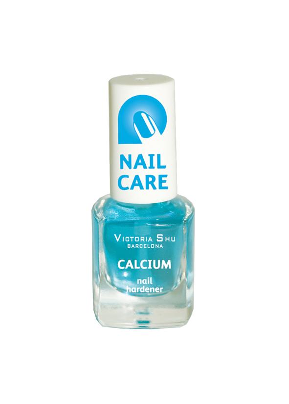Victoria Shu Комплекс Calcium для укрепления ногтей, 6 мл28032022предупреждает расслаивание ногтей, образуя на них твердый, защитный слой; мгновенно заполняет неровности ногтевой пластины, работает как клей, сцепляя трещины и расколы, укрепляет ногти на клеточном уровне.