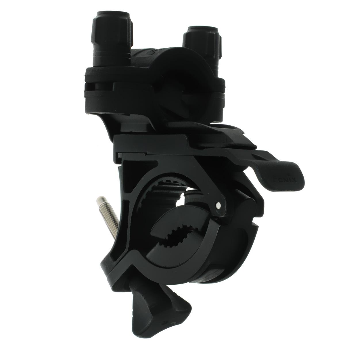 Крепление велосипедное Fenix ALB-10AR102В целом, конструкция крепления Fenix ALB-10 разработана таким образом, что процесс крепления и фиксации фонаря осуществляется крайне просто и занимает минимум времени. Проработаны мельчайшие детали, способствующие быстрой адаптации крепления под соответствующий инструмент. В итоге Fenix ALB-10 представляет собой гениально простое решение для приспособления фонаря в нужное место для определенных целей.Велосипедное крепление Fenix ALB-10 вполне традиционно не имеет ничего лишнего — лишь самый необходимый функционал, в который помимо основной задачи закрепления фонаря на руле входит также и возможность регулировать направление света горизонтально в пределах 30°. Совмещая и комбинируя некоторые детали можно добиться полной ликвидации эффекта встряски, которая происходит во время движения, особенно по пересеченной местности. Правильно используя каучуковые прокладки, вы значительно обезопасите ваш фонарь от нежелательных потрясений.Подходит для UC35, UC40, TK22, TK15, PD35, PD22, PD12, LD22, LD12.