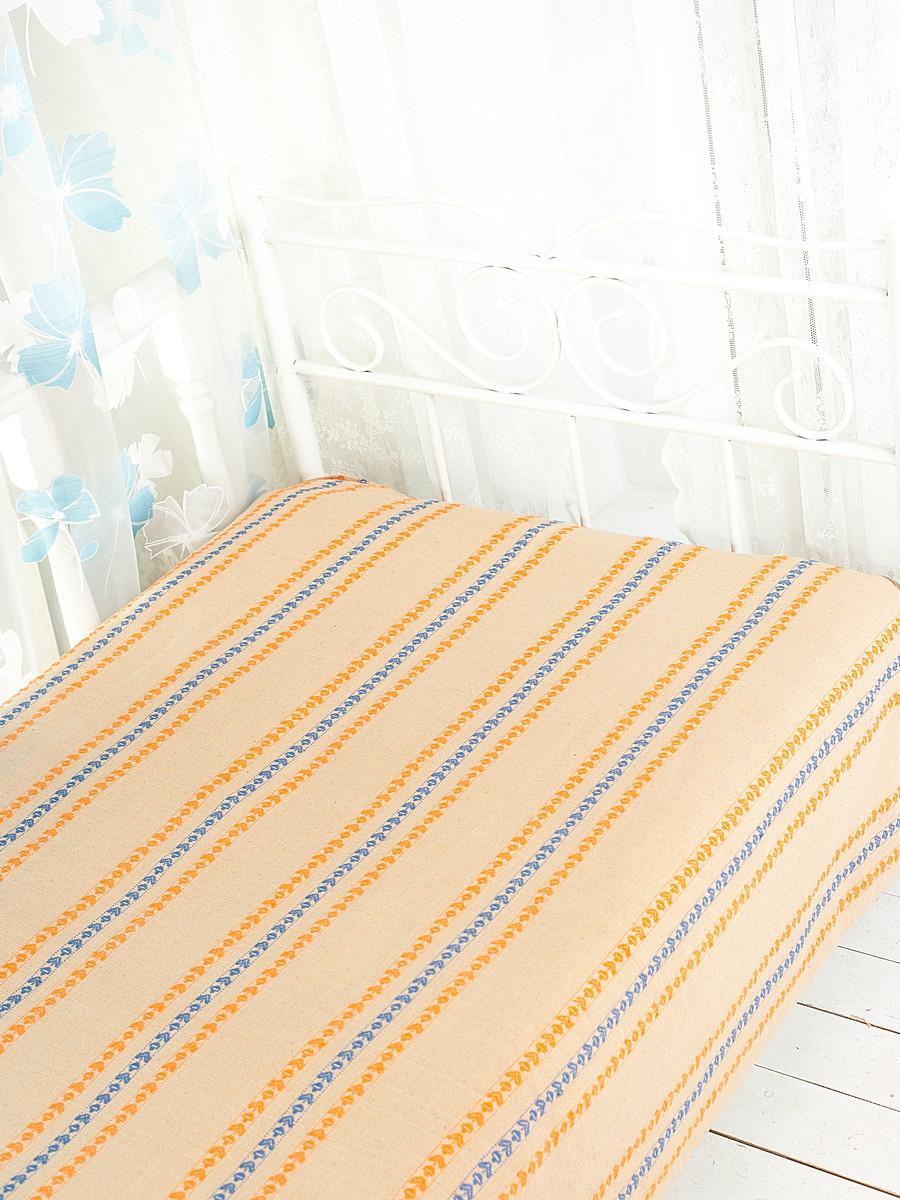 Покрывало Arloni Флауэрс, цвет: абрикос, 200 см х 240 смSVC-300Покрывало Arloni Флауэрс прекрасно оформит интерьер спальни или гостиной. Изготовлено из 100% натурального хлопка, поэтому подходит как для взрослых, так и для детей. Натуральные краски абсолютно гипоаллергенны. Покрывало оформлено красивой вышивкой в виде разноцветных полосок с оригинальным рисунком. Хорошо смотрится и на диване, и на большой кровати. Изделие выполнено из экологически чистого материала, отличается высоким качеством, легко стирается и сохраняет замечательный внешний вид долгое время. Покрывало Arloni не только подарит тепло, но и гармонично впишется в интерьер вашего дома.