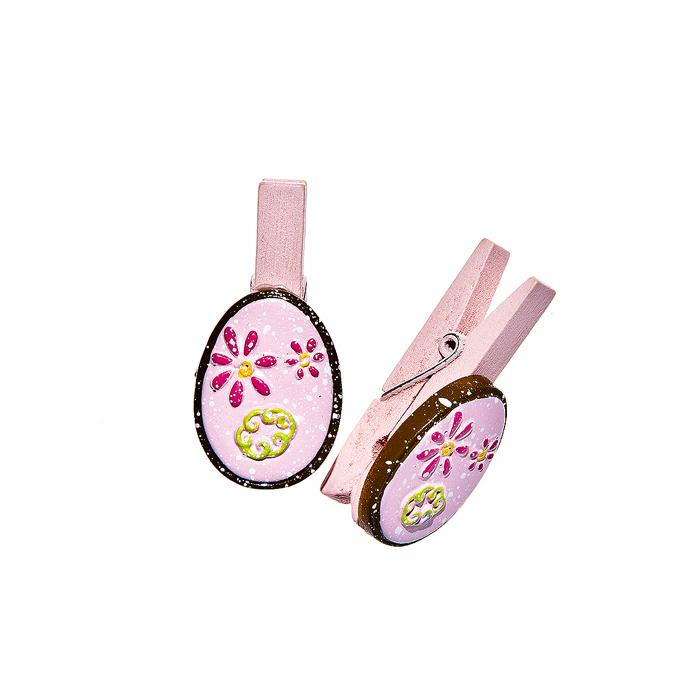 Набор декоративных прищепок Home Queen Весенние цветы, цвет: розовый, 6 штC0042416Набор Home Queen Весенние цветы состоит из шести декоративных прищепок. Прищепки выполнены из высококачественного дерева и декорированы фигурками яиц, выполненных из полирезины и украшенных рельефом. Изделия используются для развешивания стикеров на веревке, маленьких игрушек, а оригинальность и веселые цвета прищепок будут радовать глаз и поднимут настроение.Длина прищепки: 4,5 см. Размер фигурки: 3 см х 0,5 см х 2,2 см.