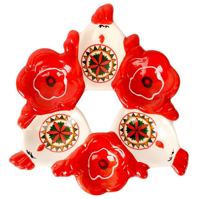 Подставка под яйца Home Queen Народные промыслы, цвет: белый, красный, 6 ячеекFD-59Подставка Home Queen Народные промыслы станет оригинальным украшением праздничного стола на Пасху. Изделие изготовлено из керамики и служит держателем для яиц. Подставка выполнена в виде 6 ячеек в форме курочек и цветов и декорирована красивым узором. Подставка Home Queen Народные промыслы может стать красивым пасхальным подарком для друзей или близких. Размер подставки: 16,5 см х 16 см х 2,5 см. Размер ячейки курица: 4 см х 5,5 см.Диаметр ячейки цветок: 4 см.