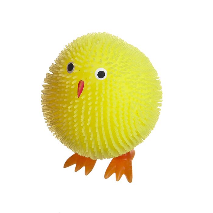 Декоративная фигурка с LED - подсветкой Home Queen Цыпленок, цвет: желтыйRSP-202SФигурка с LED - подсветкой Home Queen Цыпленок - это оригинальная игрушка для вашего малыша. Она пластичная, приятная на ощупь. Внутри игрушки шарик с LED лампочками. Если на цыпленка слегка надавить, он начнет светиться ярким светом.Фигурка с LED - подсветкой и мягкой пластичной структурой с ярким цветом станет прекрасным подарком как ребенку, так и взрослому. Размер фигурки: 6 см х 4 см х 5 см.