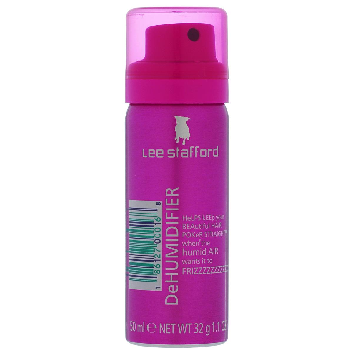 Lee Stafford Спрей для предотвращения завивания волос Poker Straight Mini, 50 млFS-00897400403 Lee Stafford Спрей для предотвращения завивания волос Poker Straight Dehumidifier, 50 мл. Даже под воздействием влажного воздуха, ваши волосы остаются прямыми! Это настоящий «зонтик» для ваших волос. Благодаря входящим в состав компонентам, обеспечивается легкое и эффективное воздействие на волосы, предотвращая их завивание. Распыляйте с расстояния 30-50 см по всей поверхности волос передспортом, прогоулкой, перед тем, как лечь спать