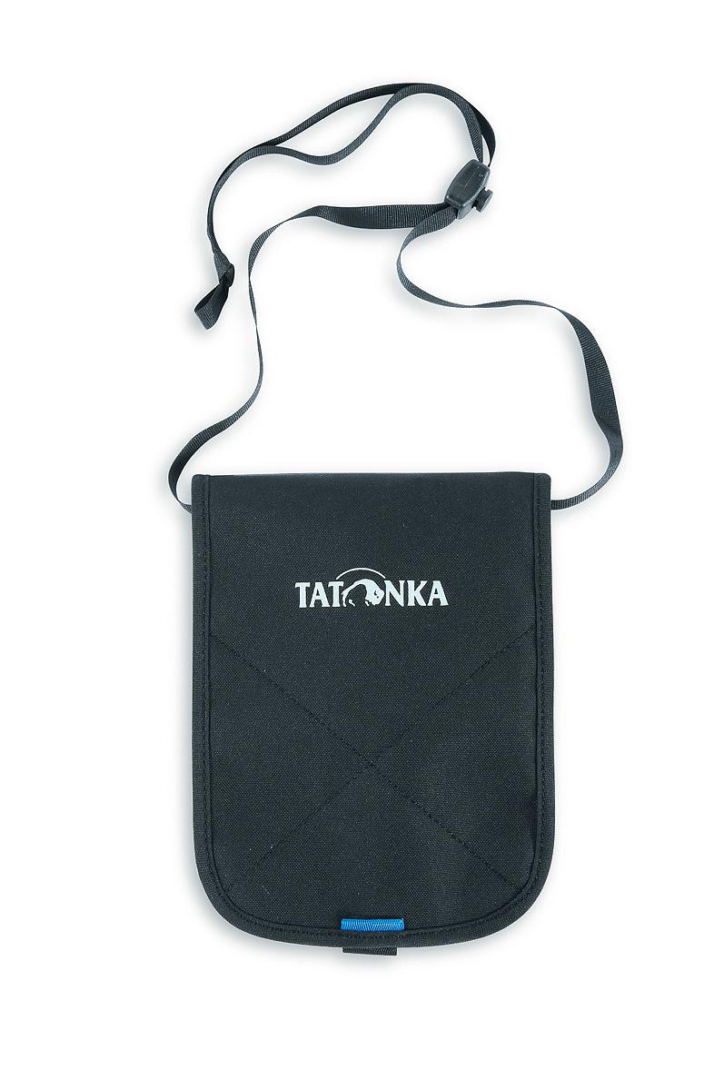 Кошелек Tatonka Hang Loose, цвет: черный. 2976.040ГризлиВместительный кошелек Tatonka Hang Loose выполнен из плотного полиэстера и оформлен декоративной прострочкой и названием бренда на лицевой стороне. Кошелек закрывается на застежку-липучку. Внутри - вместительное отделение для купюр на застежке-молнии, отсек для мелочи на молнии, 4 диагональных кармашка для кредитных карт и визиток, карман на застежке-молнии с окошком из прозрачного пластика, ремешок для крепления кошелька на пояс. На задней стенке изделия расположен врезной карман на застежке-молнии и накладной кармашек для мобильного телефона.Многофункциональный кошелек займет достойное место среди ваших аксессуаров.