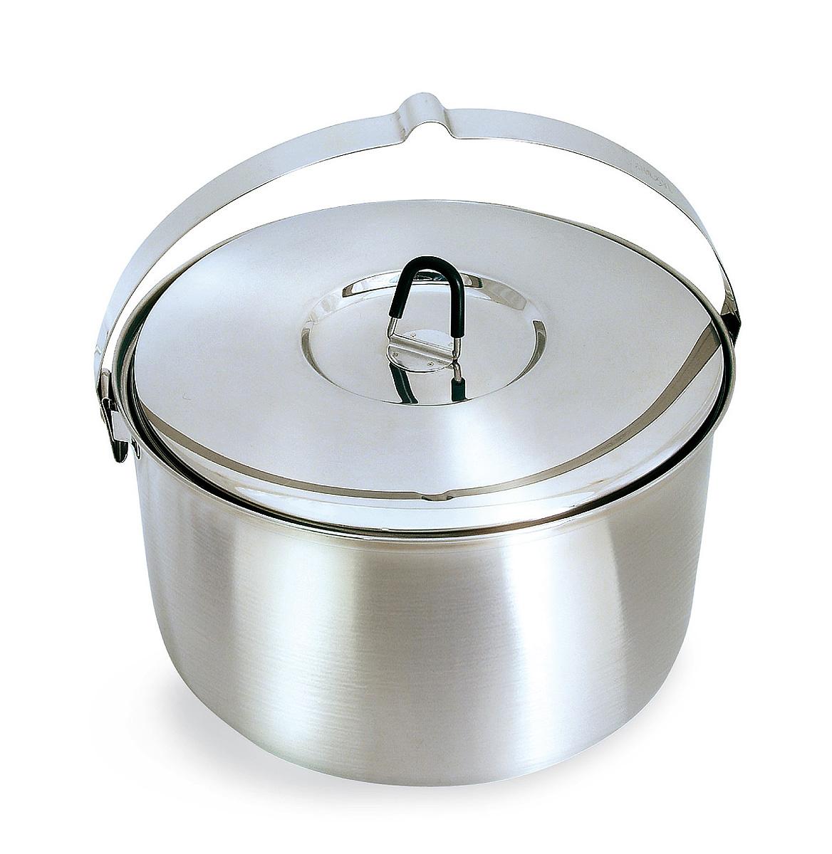 Котелок походный Tatonka Family Pot, 6 лWS 7064Вместительный котелок Tatonka Family Pot отлично подойдет для большой компании. Выполнен из высококачественной нержавеющей стали 18/8, которая легко чистится, не имеет привкуса, устойчива к коррозии, долговечна. Крышка котелка имеет не нагревающуюся ручку.Преимущества и особенности:Выполнен из нержавеющей сталиМерная шкала внутри котелкаПрорезиненная ручка крышки.Диаметр котелка: 26 см.Высота котелка: 15 см.