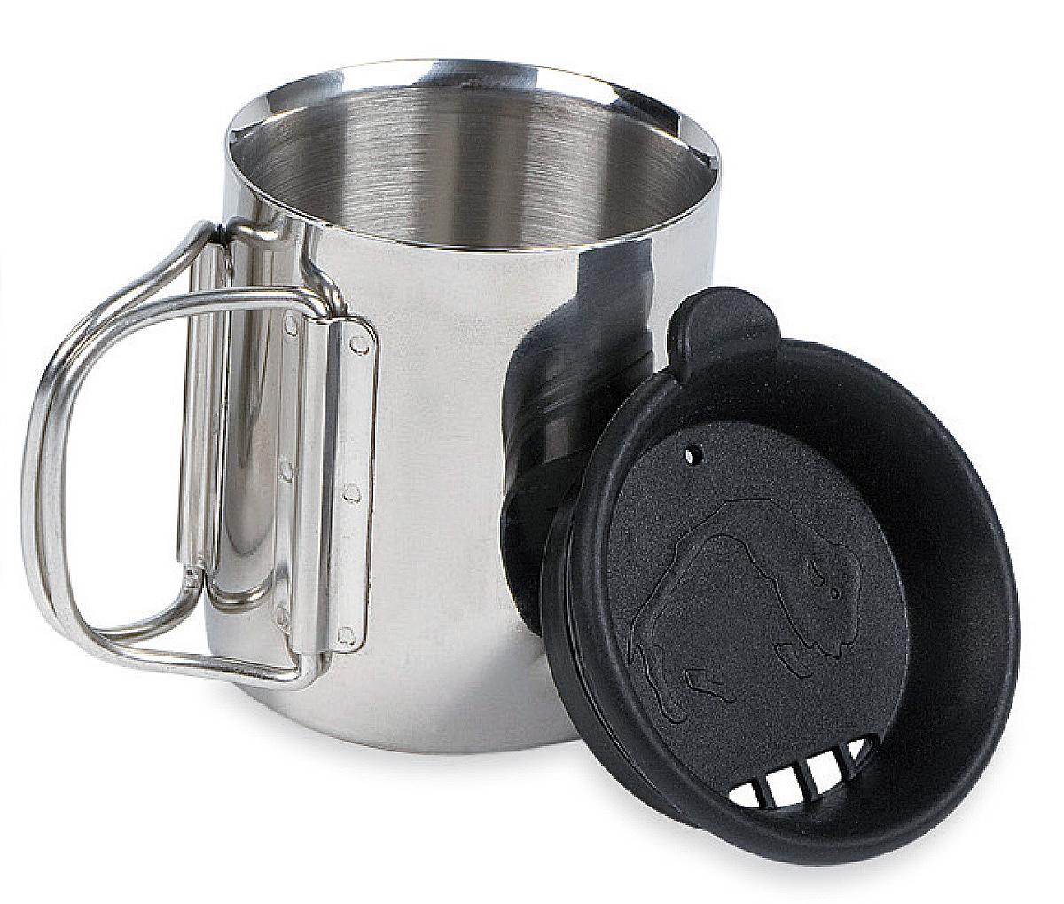 Термокружка с крышкой Tatonka Thermo, 0,25 л4080.000Термокружка Tatonka Thermo из нержавеющей стали со складными ручками и крышкой. Удобна в транспортировке. Кружка остается комфортной и прохладной снаружи, даже когда внутри кипяток. Крышка имеет специальные отверстия для питья. Это позволяет пить любимые напитки, не вынимая крышку, и напиток дольше не остывает. Внутри расположена мерная шкала.Высота кружки: 8,5 см.Диаметр кружки без учета ручки: 7,5 см.