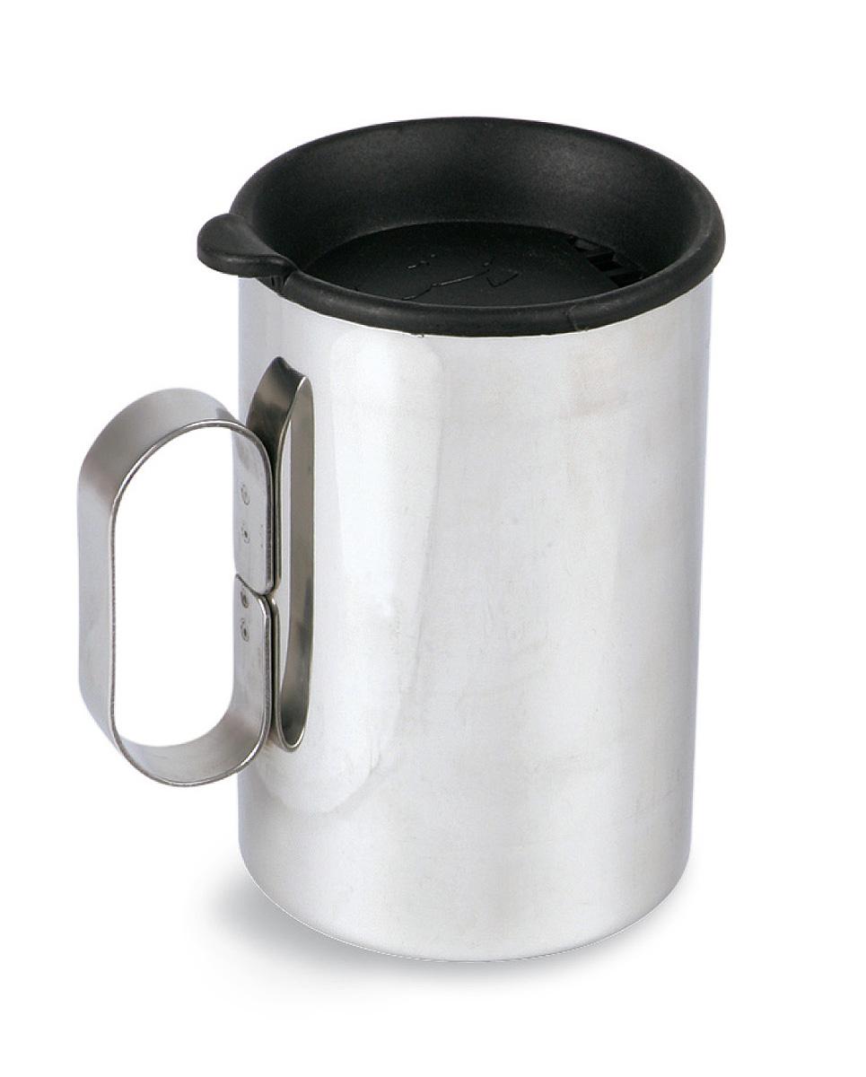 Термокружка с крышкой Tatonka Thermo Delux, 0,4 лAS009Термокружка Tatonka Thermo Delux выполнена из нержавеющей стали, снабжена одинарной ручкой и крышкой. Удобна в транспортировке. Остается комфортной и прохладной снаружи, даже когда внутри кипяток. Крышка имеет специальные отверстия для питья. Это позволяет пить любимые напитки, не вынимая крышку, и напиток дольше не остывает. Внутри расположена мерная шкала.Высота кружки: 11,5 см.Диаметр кружки без учета ручки: 8 см.