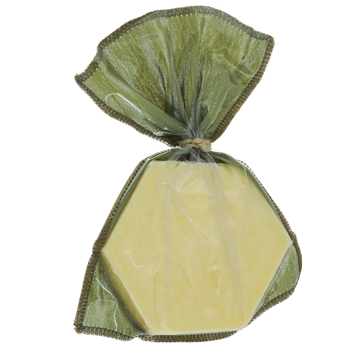Зейтун Твёрдое массажное масло для тела №1 для всех типов кожи, 100 гFS-00897Нежно ухаживает за кожей, питает, увлажняет, насыщает её витаминами. При регулярном применении — стимулирует выработку собственного коллагена, подтягивает и разглаживает кожу, выравнивает цвет. Идеальное средство для уставшей кожи, быстро впитываясь, масло Зейтун активизирует обменные процессы, запускает механизм «экстренной регенерации». Не оставляет следов на белье, обладает лёгким, но роскошным ароматом.