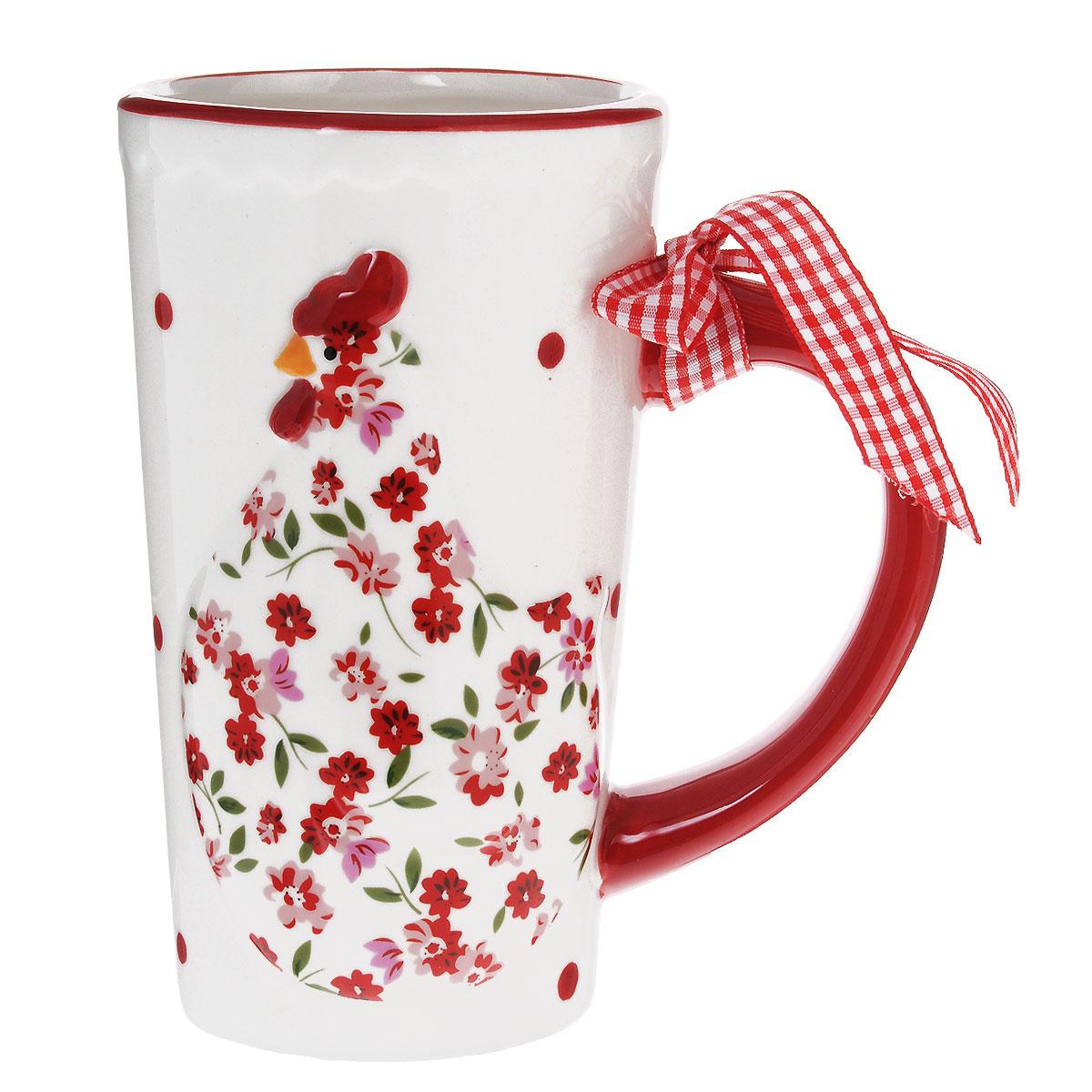Кружка Lillo Курочка, 600 мл391602Кружка Lillo Курочка выполнена из высококачественной керамики и украшена рельефом в виде милой курочки и текстильным бантом на ручке.Такая кружка порадует вас дизайном и функциональностью, а пить чай или кофе из нее станет еще приятнее. Остерегайтесь сильных ударов. Не применять абразивные чистящие средства.Объем: 600 мл.Диаметр кружки по верхнему краю: 8,5 см.Высота кружки: 15 см.