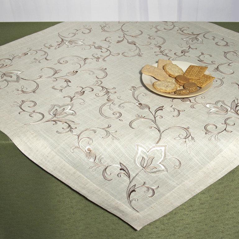 Скатерть Schaefer, квадратная, цвет: серый, коричневый, 85x 85 см. 07530-100S03301004Скатерть Schaefer выполнена из 80% полиэстера и 20% льна и оформлена шелковой вышивкой в виде вензелей. Скатерть Schaefer не останется без внимания ваших гостей, а вас будет ежедневно радовать ярким дизайном и несравненным качеством.Немецкая компания Schaefer создана в 1921 году. На протяжении всего времени существования она создает уникальные коллекции домашнего текстиля для гостиных, спален, кухонь и ванных комнат. Дизайнерские идеи немецких художников компании Schaefer воплощаются в текстильных изделиях, которые сделают ваш дом красивее и уютнее и не останутся незамеченными вашими гостями. Дарите себе и близким красоту каждый день! Изысканный текстиль от немецкой компании Schaefer - это красота, стиль и уют в вашем доме.