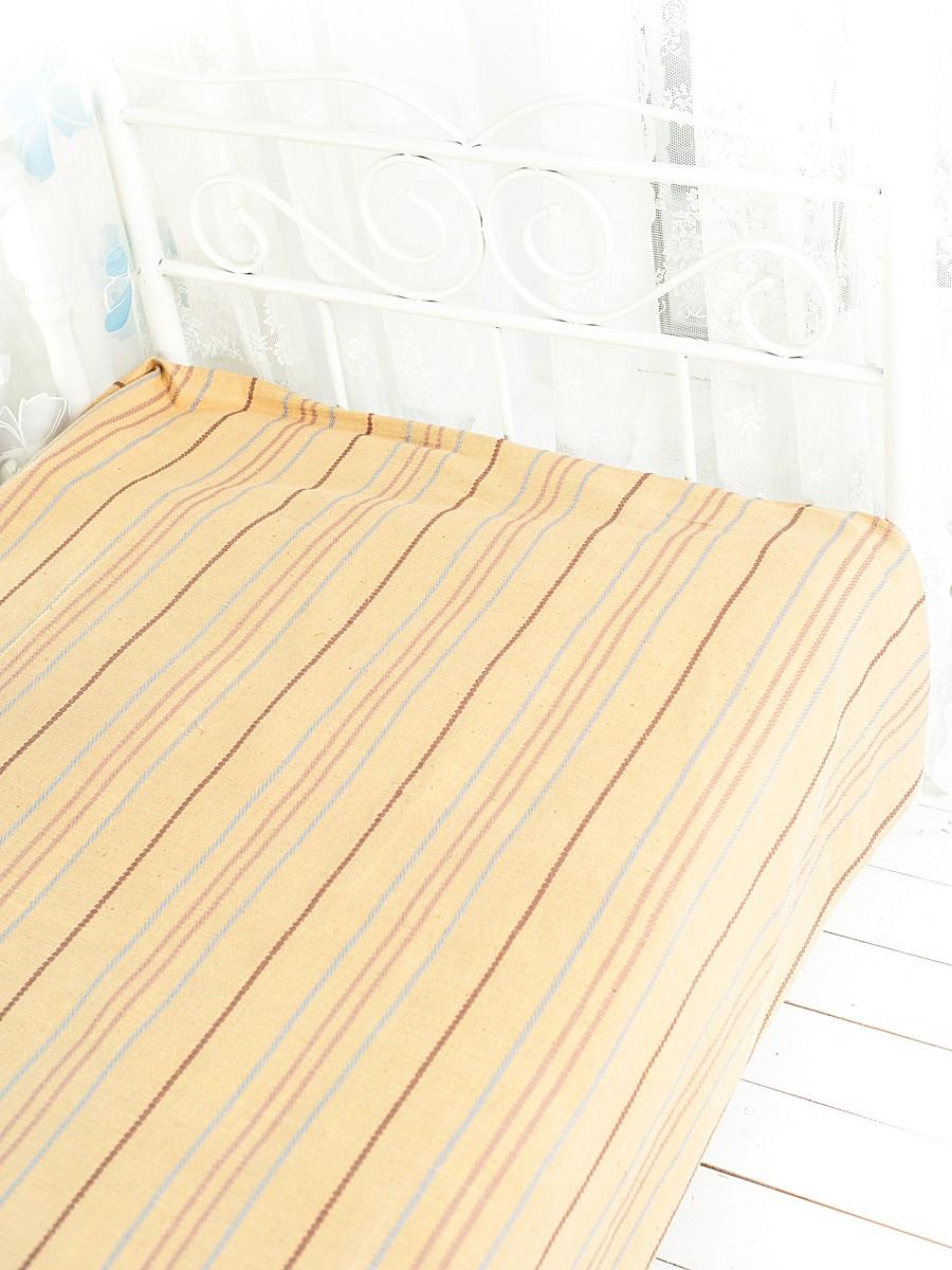 Покрывало Arloni Стокгольм, цвет: карамель, 200 х 240 смRC-100BWCПокрывало Arloni Стокгольм прекрасно оформит интерьер гостиной или спальни. Изготовлено из экологически чистого материала - 100% хлопка, поэтому подходит как для взрослых, так и для детей. Натуральные краски абсолютно гипоаллергенны. Покрывало однотонное, оформлено вышивкой в виде разноцветных полосок. Хорошо смотрится и на диване, и на большой кровати. Покрывало Arloni не только подарит тепло, но и гармонично впишется в интерьер вашего дома.