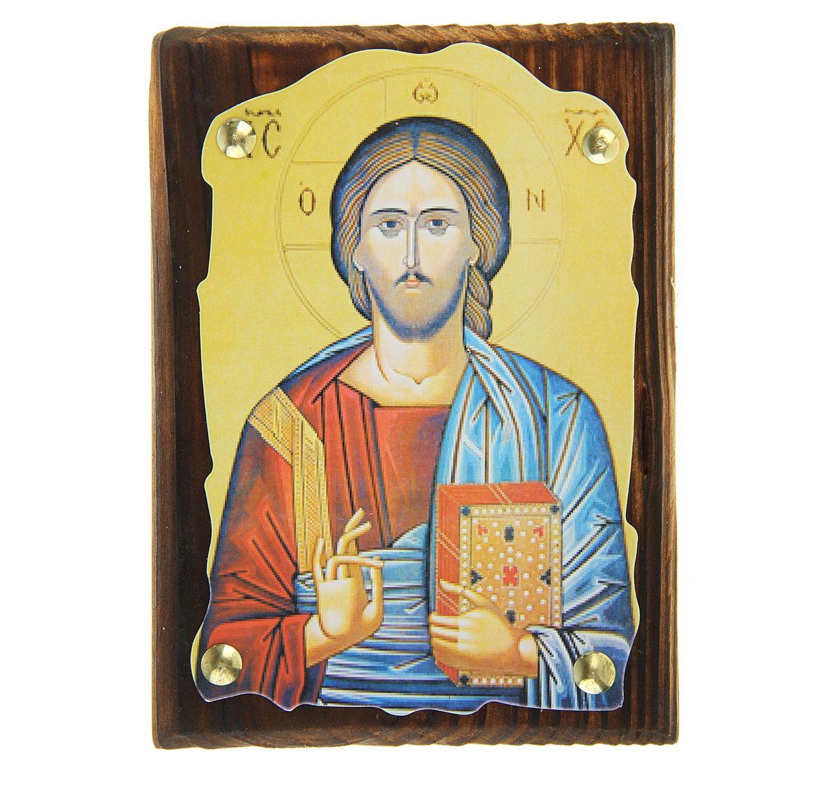 Икона Иисус Христос, 10,5 х 14,5 смFS-80423Икона Иисус Христос выполнена из картона, с нанесенным изображением, который крепиться на деревянную дощечку, обработанную огнем. На обратной стороне имеется отверстие, благодаря которому икону удобно вешать на стену. Изображенный образ полностью соответствует канонам Русской Православной Церкви. Такая икона будет прекрасным подарком с духовной составляющей.