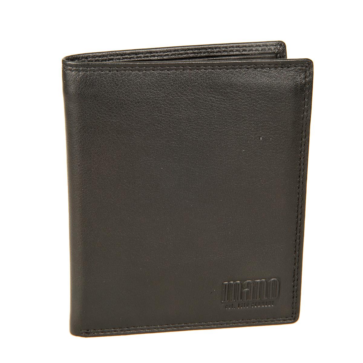 Портмоне мужское Mano, цвет: черный. 19018EQW-M710DB-1A1Стильное мужское портмоне Mano выполнен из натуральной кожи и оформлено логотипом бренда. Внутри - два отделения для купюр, карман для мелочи с клапаном на кнопке, три потайных кармана, карман с сетчатой вставкой и десять отделений для пластиковых и визитных карт. Портмоне Mano станет яркой деталью, которая выгодно подчеркнет ваш стильный неповторимый образ. Портмоне упаковано в фирменную коробку с логотипом бренда.