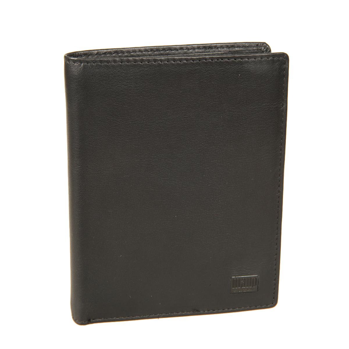 Портмоне мужское Mano, цвет: черный. 1915977-080-06Стильное мужское портмоне Mano выполнено из натуральной кожи и оформлено не большой пластинкой с логотипом бренда. Внутри два отдела для купюр, отдел для мелочи с клапаном на кнопке, пять потайных карманов, восемь кармашков для пластиковых карт и один карман с сетчатой вставкой. Портмоне имеет Protect Pocket - защитный карман от считывания карты.Модель упакована в фирменную картонную коробку.