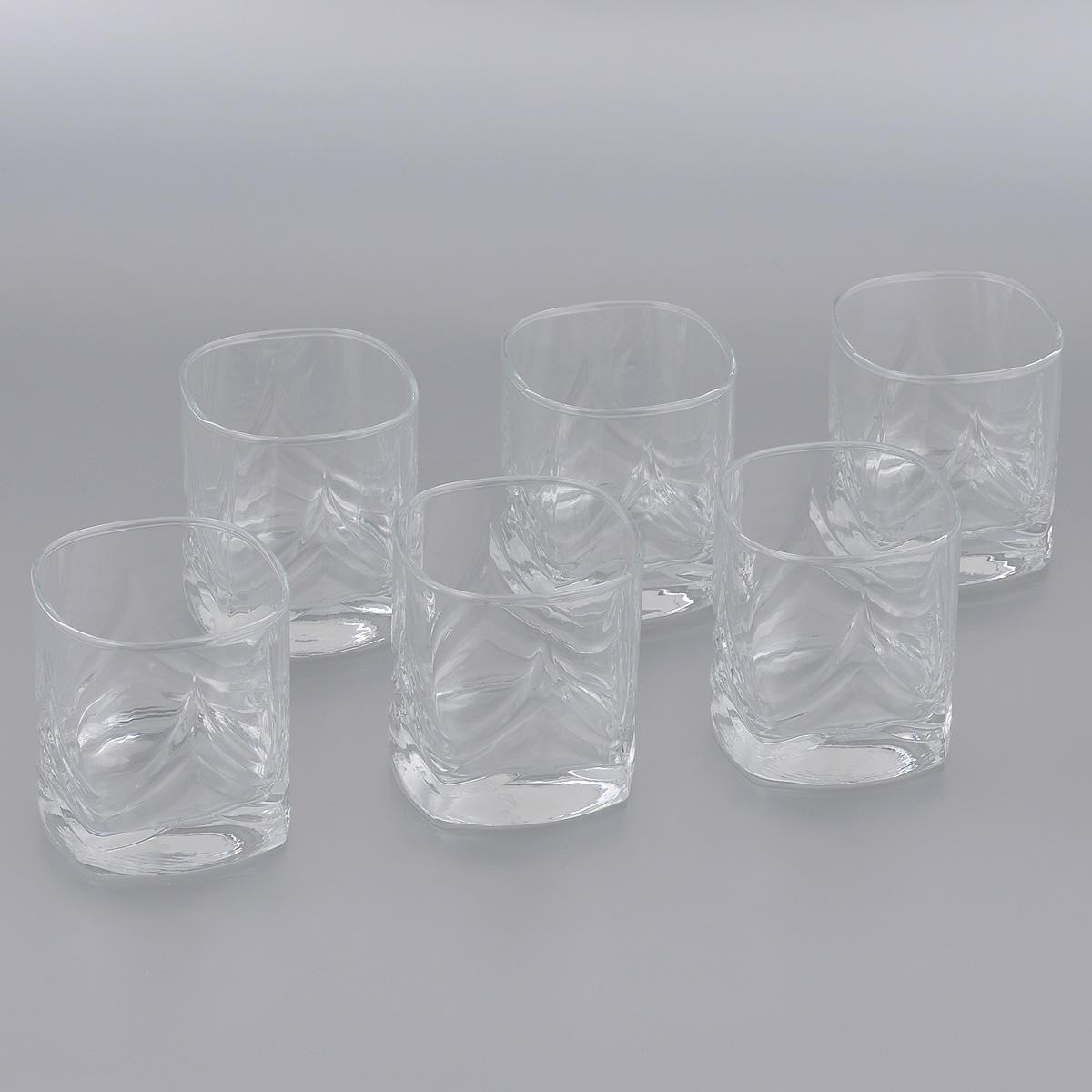 Набор стаканов Pasabahce Triumph, 200 мл, 6 штVT-1520(SR)Набор Pasabahce Triumph, выполненный из высококачественного стекла, состоит из шести стаканов квадратной формы. Изделия, украшенные рельефным узором, прекрасно подойдут для подачи виски. Эстетичность, функциональность и изящный дизайн сделают набор достойным дополнением к вашему кухонному инвентарю. Набор стаканов Pasabahce Triumph украсит ваш стол и станет отличным подарком к любому празднику. Можно использовать в морозильной камере и микроволновой печи. Можно мыть в посудомоечной машине.Размер стакана по верхнему краю: 6,5 см х 6,5 см. Высота стакана: 7,5 см.