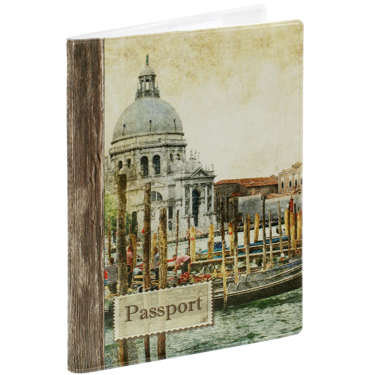 Обложка для паспорта Венеция, цвет: бежевый. 34038980Обложка для паспорта Венеция не только поможет сохранить внешний вид ваших документов и защитить их от повреждений, но и станет стильным аксессуаром, идеально подходящим вашему образу. Обложка выполнена из поливинилхлорида и оформлена оригинальным изображением достопримечательностей Венеции. Внутри имеет два вертикальных кармана из прозрачного пластика. Такая обложка поможет вам подчеркнуть свою индивидуальность и неповторимость!