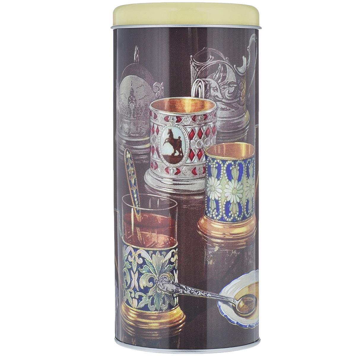 Банка для сыпучих продуктов Подстаканники, 750 млАксион Т-33Банка для сыпучих продуктов Подстаканники изготовлена из металла и оснащена крышкой. Корпус банки оформлен рисунком с изображением стаканов в подстаканниках. Изделие идеально подойдет для хранения чая, кофе, сахара или других сыпучих продуктов. Банка сохраняет продукты свежими и ароматными на длительное время. Функциональная и вместительная, такая банка станет незаменимым аксессуаром и стильно оформит интерьер кухни.Объем: 750 мл.