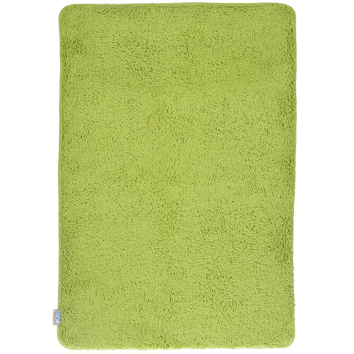 Коврик для ванной White Fox Relax, цвет: зеленый, 60 см х 90 см391602Коврик для ванной White Fox Relax с ворсом подарит настоящий комфорт до и после принятия водных процедур. Коврик состоит из трех слоев: - верхний флисовый слой прекрасно дышит, благодаря чему коврик быстро высыхает; - основной слой выполнен из специального вспененного материала, который точно повторяет рельеф стопы, создает комфорт и полностью восстанавливает первоначальную форму; - нижний резиновый слой препятствует скольжению коврика на влажном полу.Коврик White Fox Relax с ворсом равномерно распределяет нагрузку на всю поверхность стопы, снимая напряжение и усталость в ногах. Рекомендации по уходу: - можно стирать в стиральной машине при +30°C; - не отбеливать; - не гладить; - можно подвергать химчистке; - деликатные отжим и сушка.Высота ворса: 1,3 см.