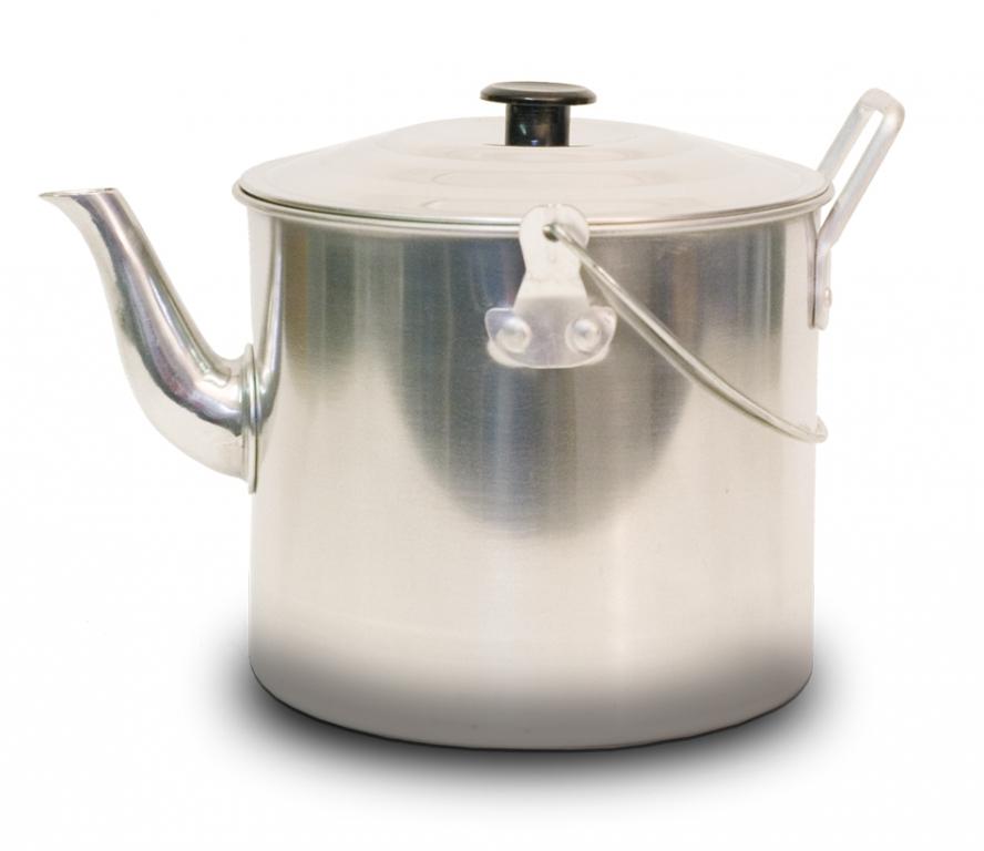 Чайник Canadian Camper CC-K341, 3,41 л32100027Чайник Canadian Camper CC-K341 выполнен из высококачественной нержавеющей стали. Имеет компактный дизайн, благодаря чему он замечательно подходит для использования как дома, так и на выезде. Оснащен ручкой и складной дугой для подвешивания над костром.Диаметр чайника (без учета носика и ручки): 16,5 см.Высота чайника: 14 см.